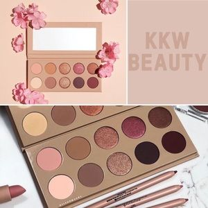 KKW BEAUTY- Classic Blossom Eyeshadow Palette